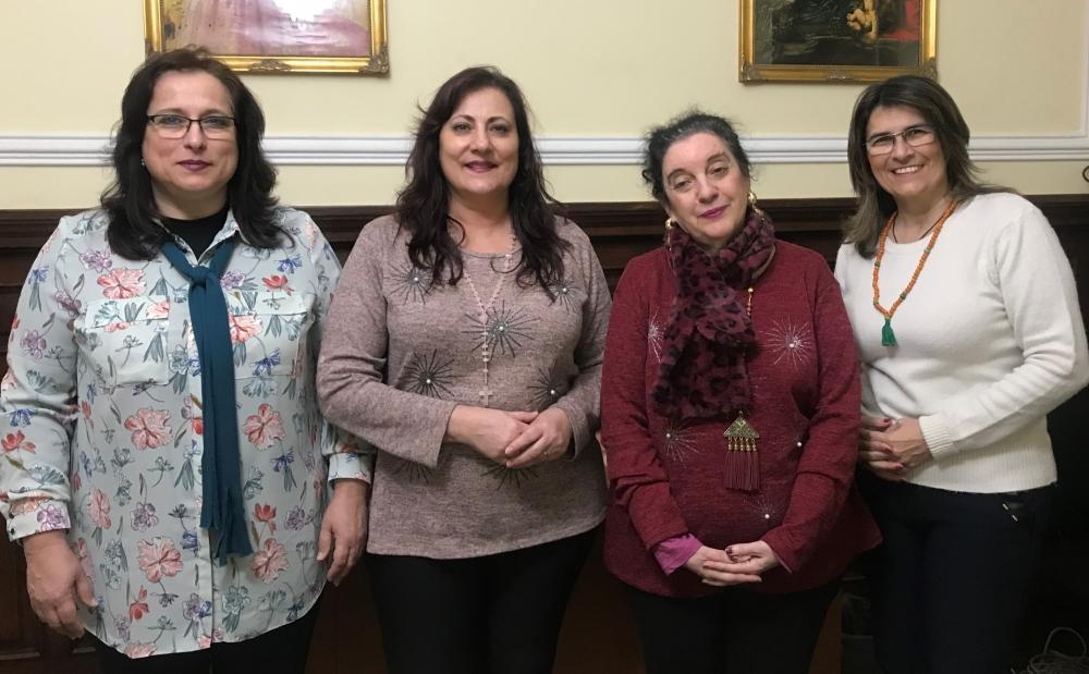 Foto das 4 terapeutas do centro maria helena